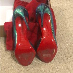 Mermaid reflection Christian Loubiton shoe